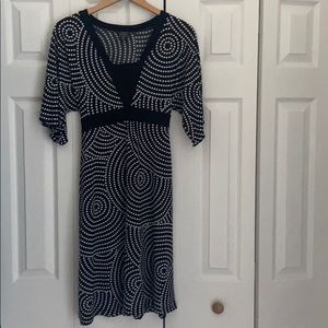 Black and white polyester dress